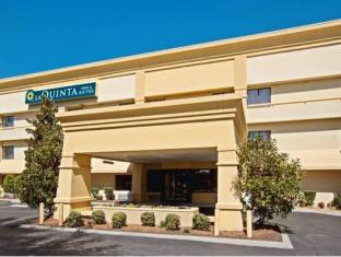 /cs-cz/la-quinta-inn-suites-nashville-airport/hotel/nashville-tn-us.html?asq=jGXBHFvRg5Z51Emf%2fbXG4w%3d%3d