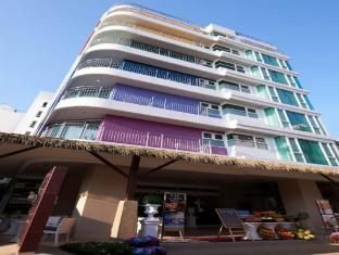 Pattaya Sea View Hotel