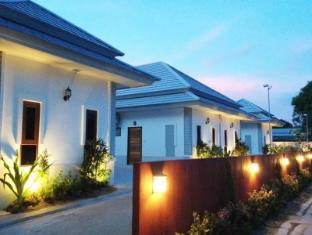 The Sixnature Resort Bangsaen
