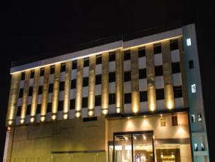 Siesta Hinjewadi Lxia Hotel