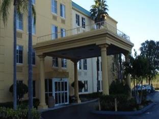 /bg-bg/la-quinta-inn-suites-naples-east-i-75/hotel/naples-fl-us.html?asq=jGXBHFvRg5Z51Emf%2fbXG4w%3d%3d
