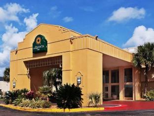 /da-dk/la-quinta-inn-new-orleans-slidell/hotel/slidell-la-us.html?asq=jGXBHFvRg5Z51Emf%2fbXG4w%3d%3d