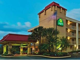 /ca-es/la-quinta-inn-west-palm-beach-florida-turnpike/hotel/palm-beach-fl-us.html?asq=jGXBHFvRg5Z51Emf%2fbXG4w%3d%3d