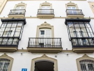 /hi-in/suites-sevilla-plaza/hotel/seville-es.html?asq=jGXBHFvRg5Z51Emf%2fbXG4w%3d%3d