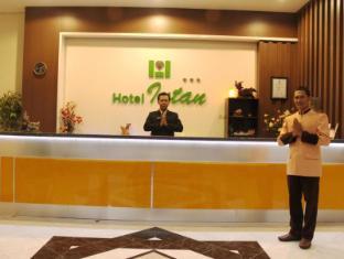/bg-bg/hotel-intan-cirebon/hotel/cirebon-id.html?asq=jGXBHFvRg5Z51Emf%2fbXG4w%3d%3d