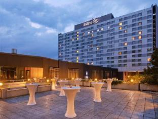 /es-ar/hilton-dusseldorf-hotel/hotel/dusseldorf-de.html?asq=jGXBHFvRg5Z51Emf%2fbXG4w%3d%3d