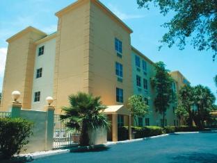 /cs-cz/la-quinta-inn-suites-miami-cutler-bay/hotel/miami-fl-us.html?asq=jGXBHFvRg5Z51Emf%2fbXG4w%3d%3d