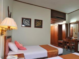 /ar-ae/maeyom-palace-hotel/hotel/phrae-th.html?asq=jGXBHFvRg5Z51Emf%2fbXG4w%3d%3d