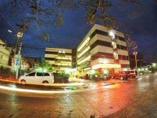 /da-dk/holiday-plaza-hotel/hotel/tuguegarao-city-ph.html?asq=jGXBHFvRg5Z51Emf%2fbXG4w%3d%3d