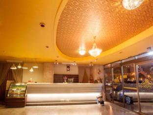 Gene Long Haiy Att Hotel