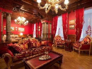/lt-lt/trezzini-palace-hotel/hotel/saint-petersburg-ru.html?asq=jGXBHFvRg5Z51Emf%2fbXG4w%3d%3d