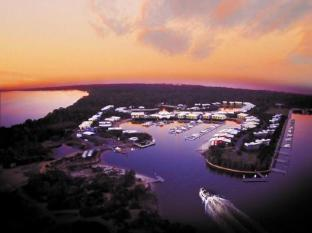 Couran Cove Island Resort