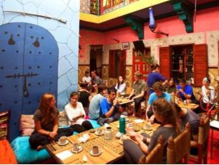 /uk-ua/hostel-marrakech-rouge/hotel/marrakech-ma.html?asq=jGXBHFvRg5Z51Emf%2fbXG4w%3d%3d