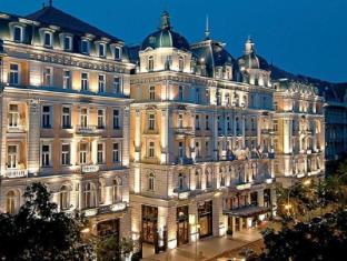 /el-gr/corinthia-hotel-budapest/hotel/budapest-hu.html?asq=jGXBHFvRg5Z51Emf%2fbXG4w%3d%3d