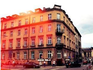 /el-gr/good-bye-lenin-revolution/hotel/krakow-pl.html?asq=jGXBHFvRg5Z51Emf%2fbXG4w%3d%3d