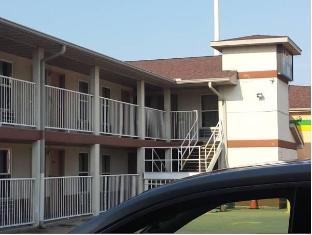 /de-de/first-western-inn-fairmont-city/hotel/saint-louis-mo-us.html?asq=jGXBHFvRg5Z51Emf%2fbXG4w%3d%3d
