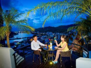 /lt-lt/royal-lotus-hotel-halong-managed-by-h-k-hospitality/hotel/halong-vn.html?asq=jGXBHFvRg5Z51Emf%2fbXG4w%3d%3d