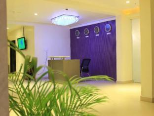 /ca-es/hotel-ambica-sea-green/hotel/visakhapatnam-in.html?asq=jGXBHFvRg5Z51Emf%2fbXG4w%3d%3d