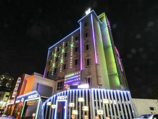 2X Hotel