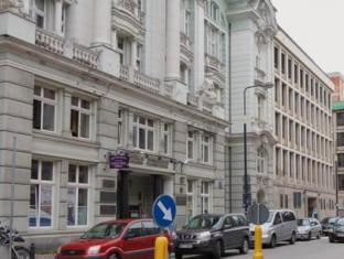 /el-gr/hostel-chmielna-5/hotel/warsaw-pl.html?asq=jGXBHFvRg5Z51Emf%2fbXG4w%3d%3d
