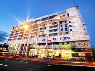 /hi-in/golden-tulip-warsaw-centre/hotel/warsaw-pl.html?asq=jGXBHFvRg5Z51Emf%2fbXG4w%3d%3d