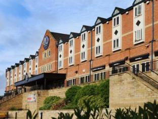 /en-au/village-hotel-manchester-bury/hotel/rochdale-gb.html?asq=jGXBHFvRg5Z51Emf%2fbXG4w%3d%3d