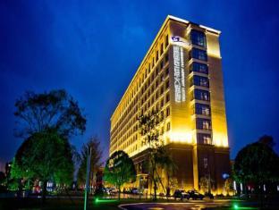 /vi-vn/chengdu-airport-hotel/hotel/chengdu-cn.html?asq=jGXBHFvRg5Z51Emf%2fbXG4w%3d%3d