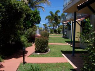 /ar-ae/dolphin-waters-apartment/hotel/fraser-coast-au.html?asq=jGXBHFvRg5Z51Emf%2fbXG4w%3d%3d