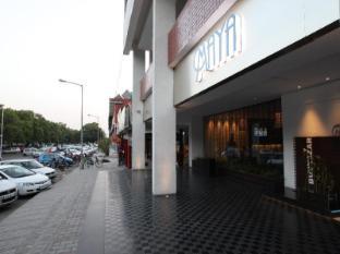 /bg-bg/maya-hotel/hotel/chandigarh-in.html?asq=jGXBHFvRg5Z51Emf%2fbXG4w%3d%3d