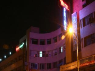/de-de/hotel-prime/hotel/ahmedabad-in.html?asq=jGXBHFvRg5Z51Emf%2fbXG4w%3d%3d