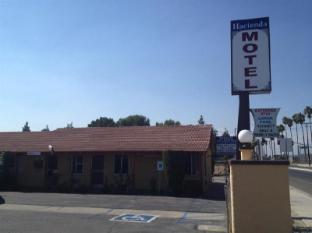 /ar-ae/hacienda-motel/hotel/san-jacinto-ca-us.html?asq=jGXBHFvRg5Z51Emf%2fbXG4w%3d%3d