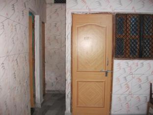 /bg-bg/shree-hare-rama-hare-krishna-hotel/hotel/varanasi-in.html?asq=jGXBHFvRg5Z51Emf%2fbXG4w%3d%3d