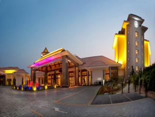 /da-dk/regal-palace-resort-huizhou/hotel/huizhou-cn.html?asq=jGXBHFvRg5Z51Emf%2fbXG4w%3d%3d