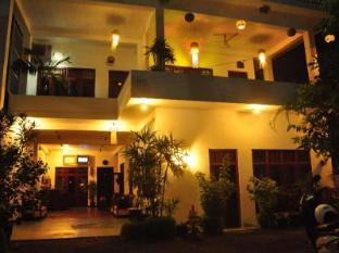 /ca-es/hotel-bay-watch/hotel/unawatuna-lk.html?asq=jGXBHFvRg5Z51Emf%2fbXG4w%3d%3d