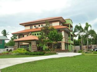 /cs-cz/auravel-grande-hotel-and-resort/hotel/san-pablo-city-ph.html?asq=jGXBHFvRg5Z51Emf%2fbXG4w%3d%3d