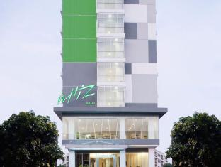 Whiz Hotel Cikini Jakarta