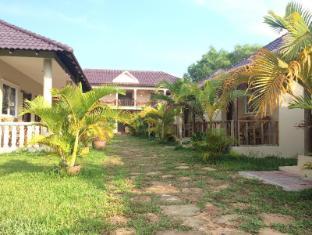 /da-dk/the-moonflower-bungalow/hotel/sihanoukville-kh.html?asq=jGXBHFvRg5Z51Emf%2fbXG4w%3d%3d