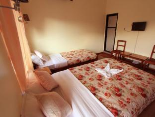 /cs-cz/hotel-golden-holiday/hotel/pokhara-np.html?asq=jGXBHFvRg5Z51Emf%2fbXG4w%3d%3d