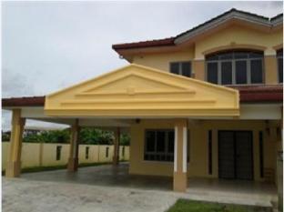 Kuching Arang Road Guesthouse