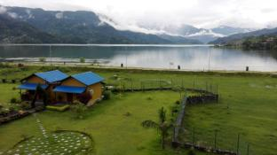 /cs-cz/hotel-lakefront/hotel/pokhara-np.html?asq=jGXBHFvRg5Z51Emf%2fbXG4w%3d%3d