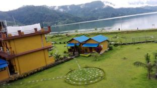 /sl-si/hotel-lakefront/hotel/pokhara-np.html?asq=jGXBHFvRg5Z51Emf%2fbXG4w%3d%3d