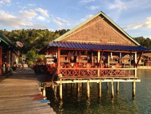 /ca-es/angkor-chom-bungalows-and-rooms/hotel/koh-rong-kh.html?asq=jGXBHFvRg5Z51Emf%2fbXG4w%3d%3d