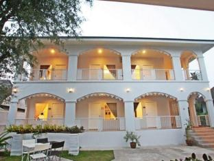 /et-ee/banlomnow-hotel/hotel/chiang-rai-th.html?asq=jGXBHFvRg5Z51Emf%2fbXG4w%3d%3d