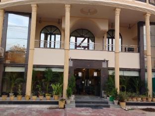 /da-dk/optimum-tara-palace-taj/hotel/agra-in.html?asq=jGXBHFvRg5Z51Emf%2fbXG4w%3d%3d