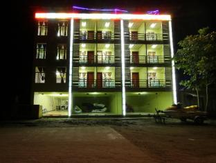 /ca-es/luxer-deluxe-hotel/hotel/ngwesaung-beach-mm.html?asq=jGXBHFvRg5Z51Emf%2fbXG4w%3d%3d