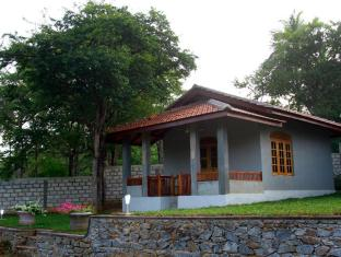 /ar-ae/tranqualitychalets/hotel/tangalle-lk.html?asq=jGXBHFvRg5Z51Emf%2fbXG4w%3d%3d