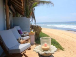 /ca-es/eka-beach-b-b/hotel/unawatuna-lk.html?asq=jGXBHFvRg5Z51Emf%2fbXG4w%3d%3d