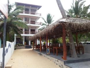/da-dk/golden-surfer-beach-hotel/hotel/tangalle-lk.html?asq=jGXBHFvRg5Z51Emf%2fbXG4w%3d%3d