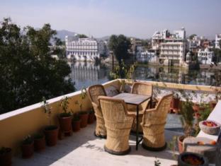 /de-de/nayee-haveli-guest-house/hotel/udaipur-in.html?asq=jGXBHFvRg5Z51Emf%2fbXG4w%3d%3d