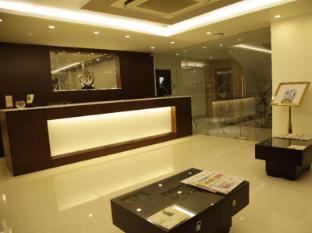 /cs-cz/hotel-ritz-comfort/hotel/visakhapatnam-in.html?asq=jGXBHFvRg5Z51Emf%2fbXG4w%3d%3d